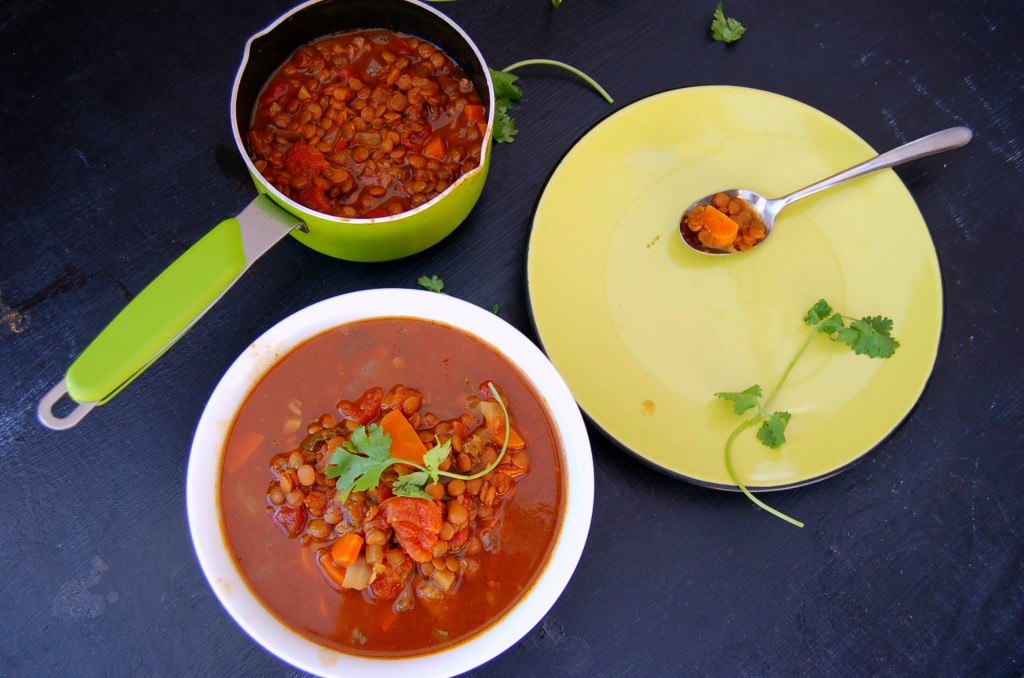 moroccan_lentil_stew_top shot_scene