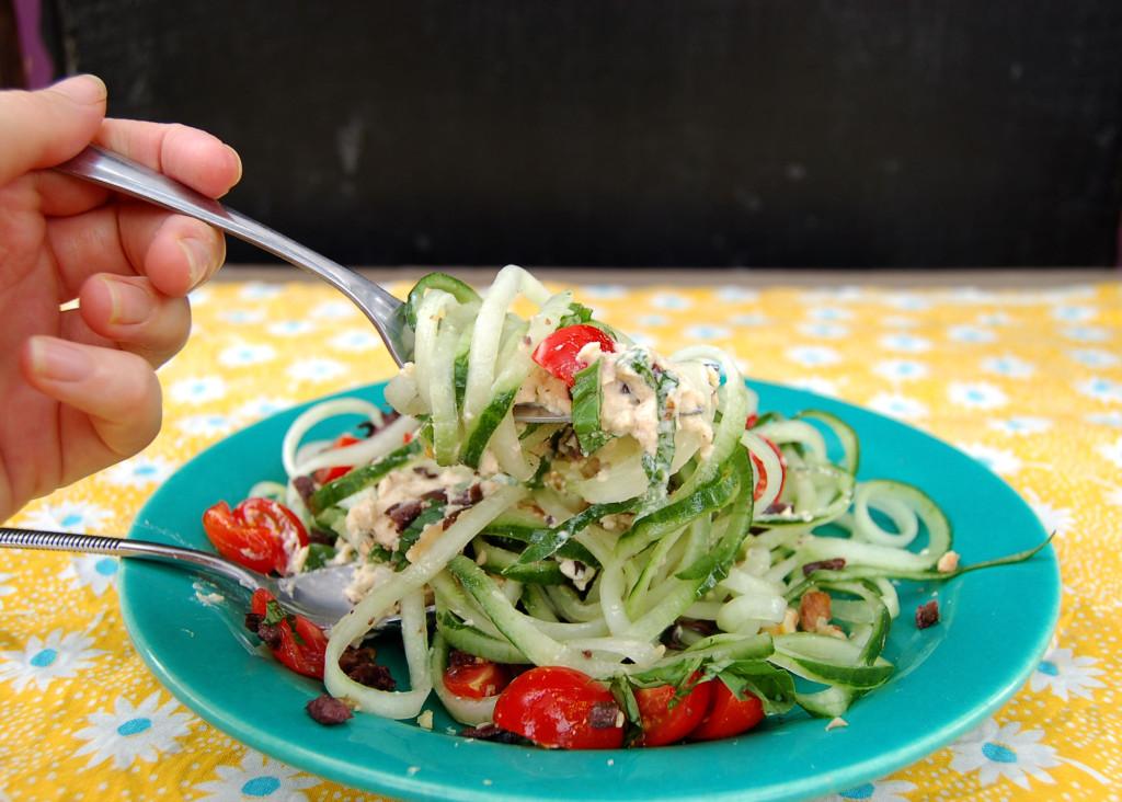 cucumber_noodles_fork