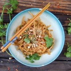 6 Common Reasons Why People Don't Eat Healthier and What To Do About It + Almond Ginger Pad Thai